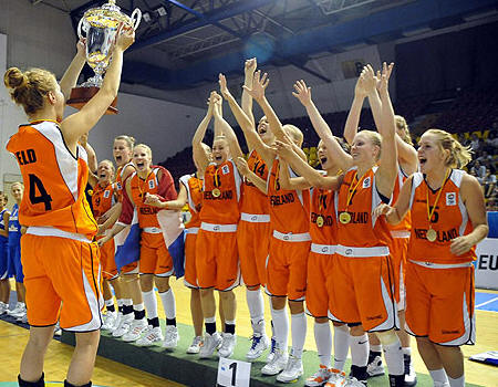 Netherlands go to  Division A for the first time © womensbasketball-in-france.com