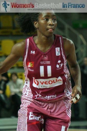 Adja Konteh ©   womensbasketball-in-france.com