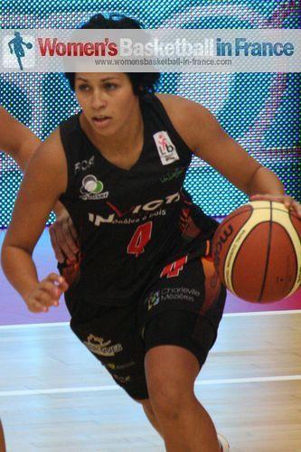 Amel Bouderra ©  womensbasketball-in-france.com