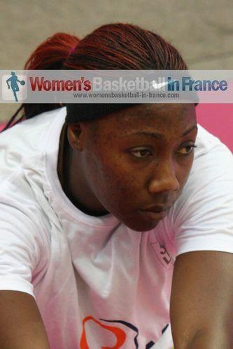 Amisha Carter ©  womensbasketball-in-france