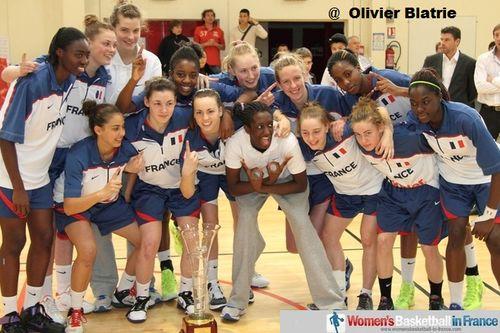 France U16 win 2012 edition of Poinçonnet Tournoi International Cadettes © Olivier Blatrie