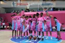 Arras getting ready to play basketball © womensbasketball-in-france