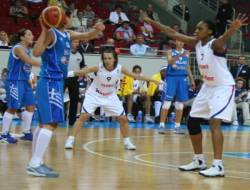 France against Greece at EuroBasket quarter final © womensbasketball-in-france.com