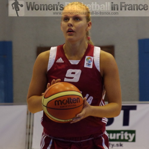 Anete Kirsteine © womensbasketball-in-france.com