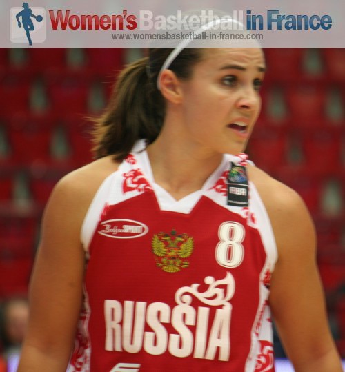 Becky Hammon playing in the quarter-final of the  World Championship © womensbasketball-in-france.com