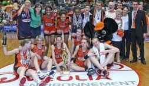 2007-2008 Champions Bourges Basket ©  Olivier Saare