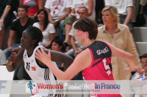 Jeanne Senghor-Sy and  Zuzana Gudjaraidz © womensbasketball-in-france.com