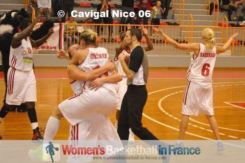 Cavigal Nice celebrate after first win ©  Cavigal Nice 06