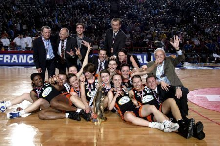 Bourges Basket win the French cup in 2006 © Bellenger/IS/FFBB