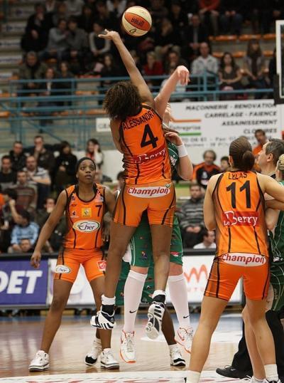 Bourges Basket - Challes-les-Eaux March 2009  ©Olivier Martin - Basquetebol