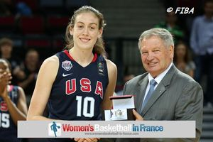 U19 MVP and FIBA President Breanna Stewart and Ivan Mainini