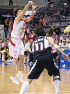 Elisa Aguilar at EuroBasket Women 2009 © Miguel Bordoy Cano