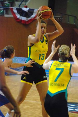 Liz Cambage © FIBA