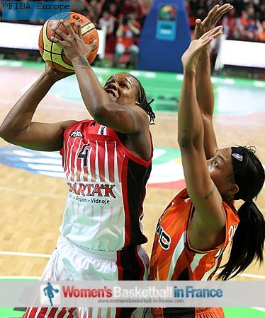 Epiphanny Prince / Epifaniya Prints and Cappie Pondexter   © FIBA Europe