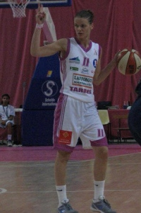 Florence Lepronplaying against Limoges at the 2009  LFB open ©Miguel Bordoy Cano