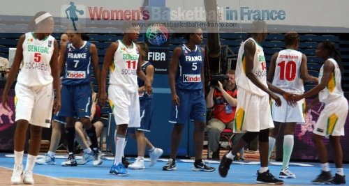 France playing Senegal at the 2010 Fiba world Championship for women © Womensbasketball-in-france.com