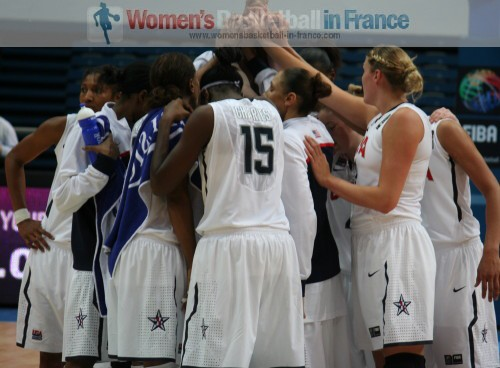 USA after beating France at the 2010 World Championship women © womensbasketball-in-france.com