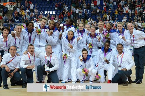 French Women's basketball team with Olympic Silver medal ©  FFBB