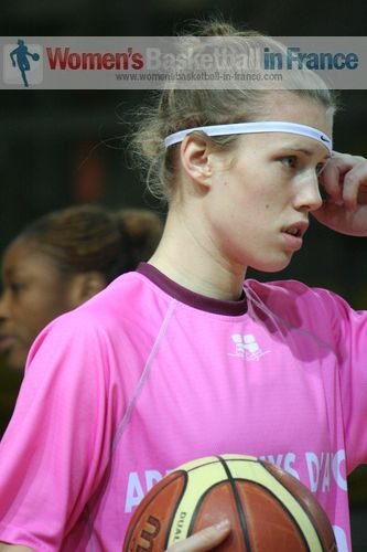 Gabriela Marginean © womensbasketball-in-france.com