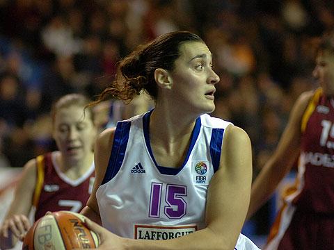 Gisela Vega(Tarbes)