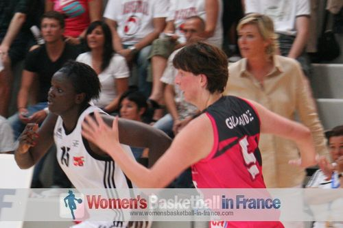 Jeanne Senghor-Sy and  Zuzana Gudjaraidz © womensbasketball-in-france.com