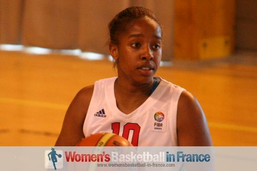 Basketball pictures from temple-sur-lot 2011: Josephine Salmon