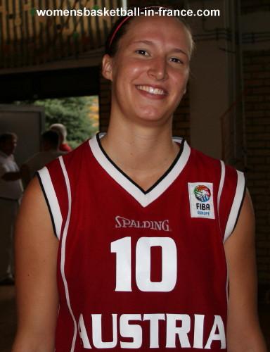 Kata Takacs © womensbasketball-in-france.com
