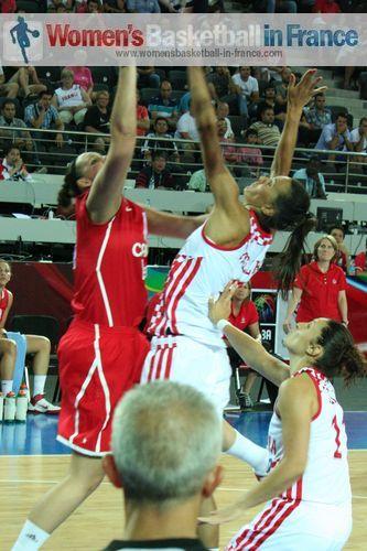 2012 FIBA Olympic Qualifying Tournament for Women: Krista Phillips and Marija Vrsaljko  ©  womensbasketball-in-france.com