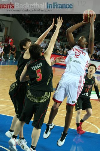 Kuanitra Hollingsworth ©  womensbasketball-in-france.com
