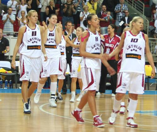 Latvia end EuroBasket women 2009 with a win © Womensbasketball-in-france.com