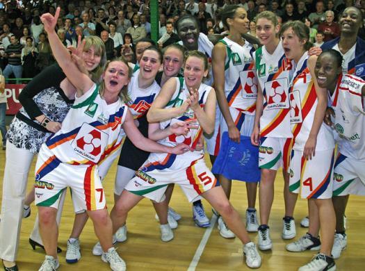 2009 NF1 basketball regular seasons champions Limoges © Olivier Sarre