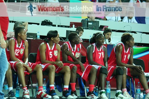 2012 FIBA Olympic Qualifying Tournament for Women: Mali Players watching from the bench ©  womensbasketball-in-france.com