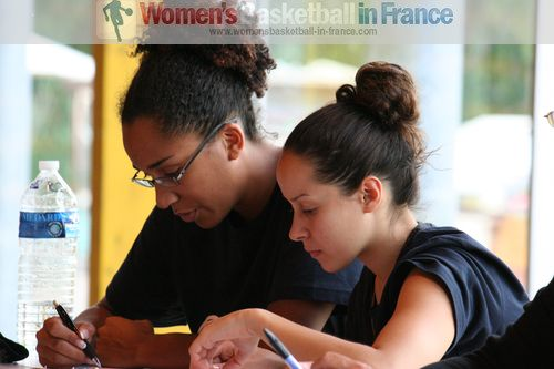 Margaux Okou Zouzouo and Linda Bousbaa  © womensbasketball-in-france.com