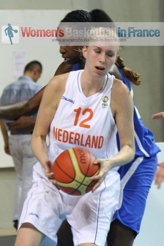 Maxime Essenstam  © womensbasketball-in-france.com