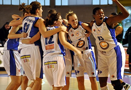 Lattes Montpellier players are happy after a victory    ©  Dominique Bentejac