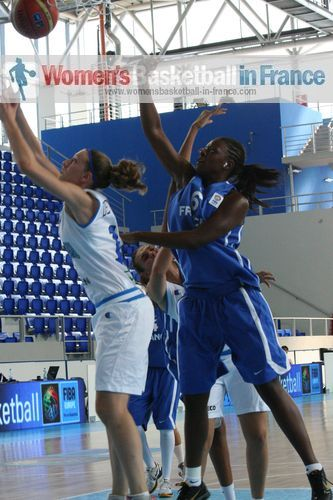 Kekelly Ekanga © womensbasketball-in-france.com