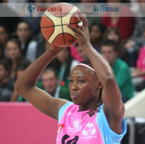 Pauline Akonga N'Simbo  © womensbasketball-in-france