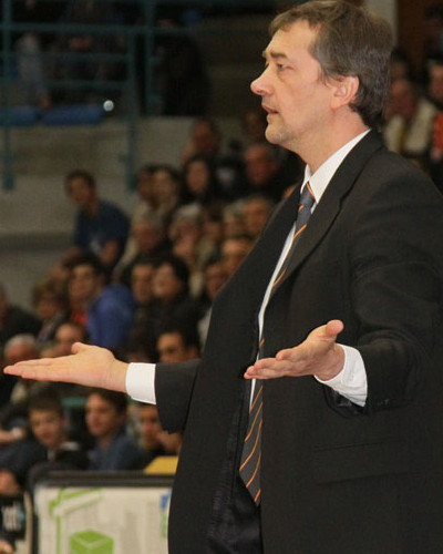 Pierre Vincent is not happy  © Bourges Basket