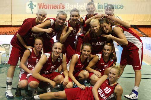 Poland U20 qualify to 2011 FIBA Europe U20 European Championship semi-final  © womensbasketball-in-france.com