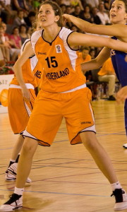 Richelle-van-der-keijl playing for the Netherlands at the 2010 RBI ©lattesmontpellier-basket.com