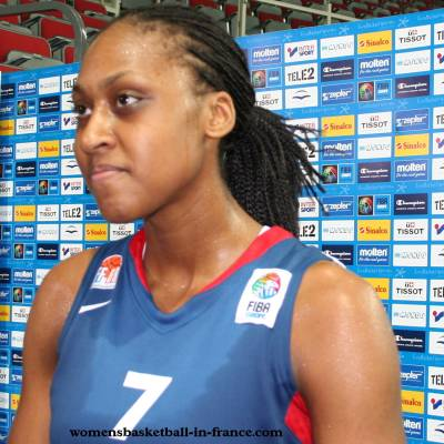 Sandrine Gruda at EuroBasket Women 2009   © womensbasketball-in-france.com