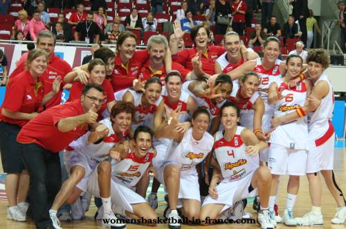 Greece finish with the BronzeEuroBasket women 2009 with a win © Womensbasketball-in-france.com