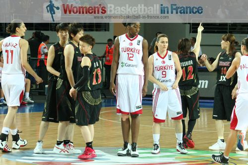 Turkey hosting Japan at the  2012 FIBA Olympic Qualifying Tournament for Women ©  womensbasketball-in-france.com