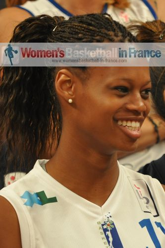 Valériane Ayayi  © womensbasketball-in-france.com