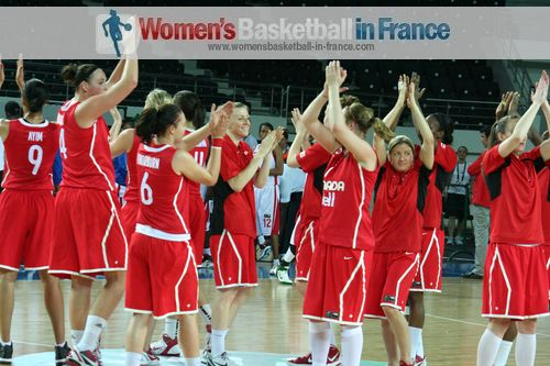 Players from Canada celebrate victory at Olympic qualifying tournament © womensbasketball-in-france.com