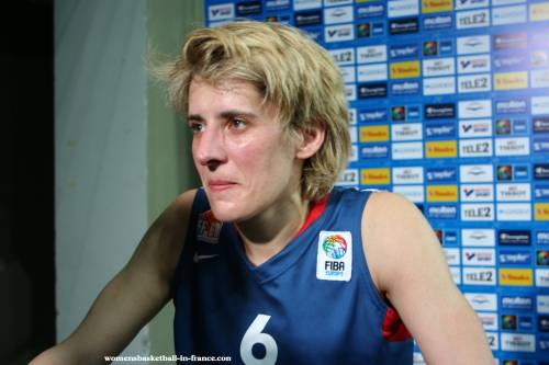 Cathy Melain play at EuroBasket Wolen 2009 for France ©womensbasketball-in-france