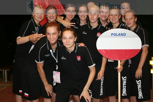 Poland U20 players  © womensbasketball-in-france.com