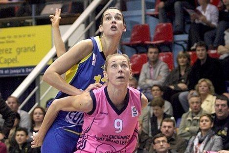 FIBA Sandra Le dréan and Vedrane Grgin Fonseca ©Anne-Dee Lemour Basquetebol.org