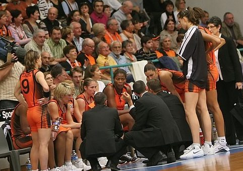FIBA Time Out Bourges Basket ©Olivier Martin Basquetebol.org