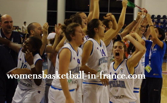 We are the champions at the 2010 U18 FIBA Europe European Championship Women Division A © womensbasketball-in-france.com